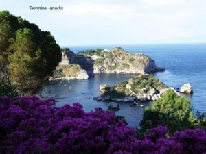 imagine to have a villas in taormina with this view