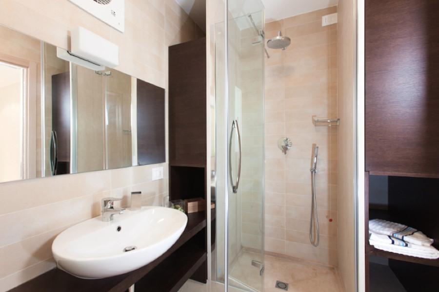 Villa Donnalucata, Donnalucata Southern Sicily the bathroom