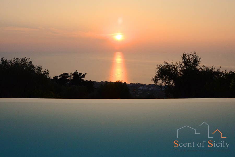 Villa Sunrise Sicily sunset view