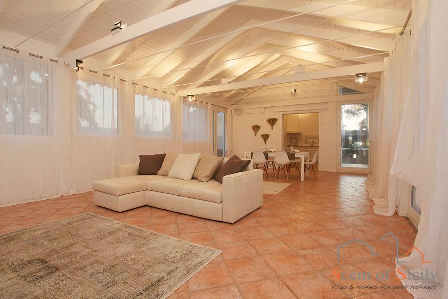 Villa Lory Sicily livingroom