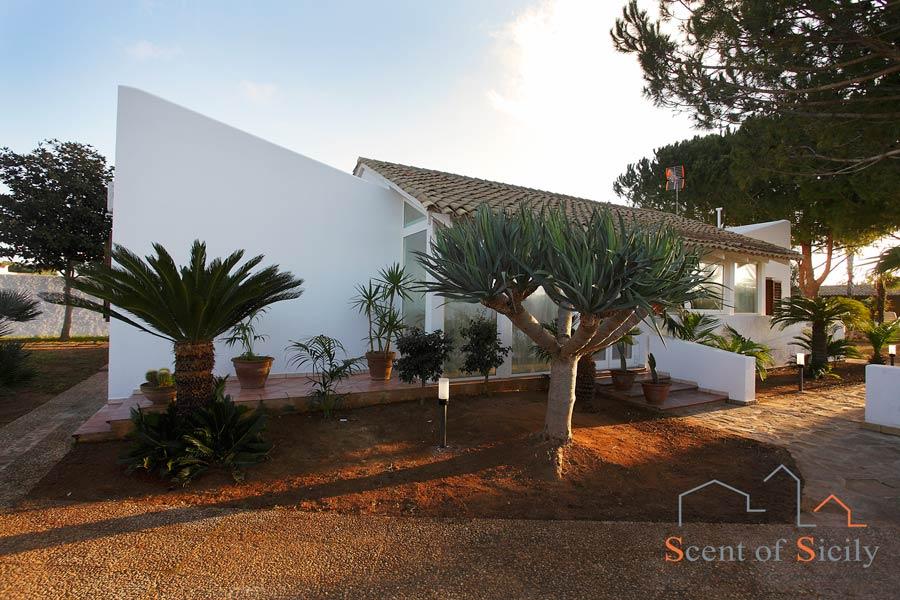 Villa Lory - SIcily villa with pool