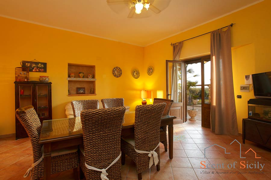 Villa Olympo dependance livingroom