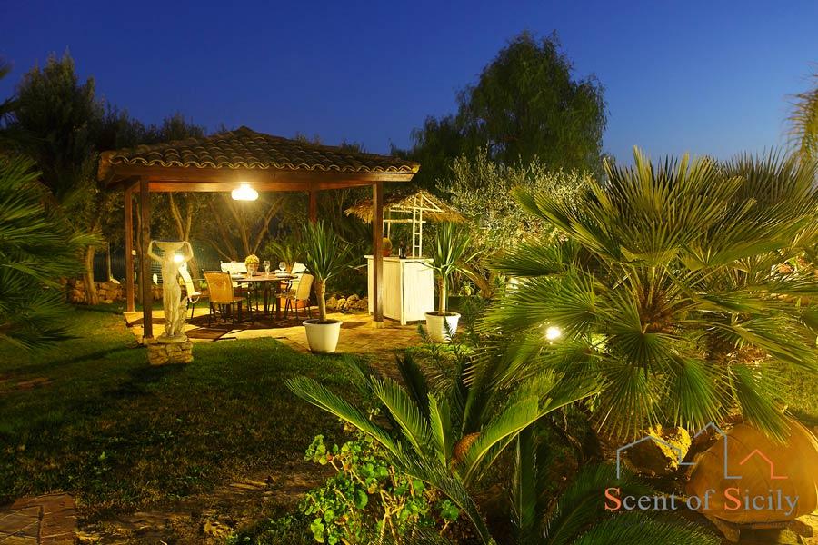 Villa Olympo garden in the evening