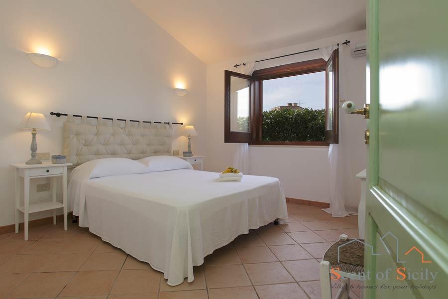 Villa Gio - double bedroom in mainhouse