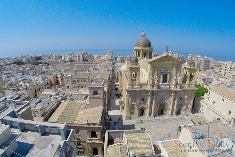 Sicily Marsala Center