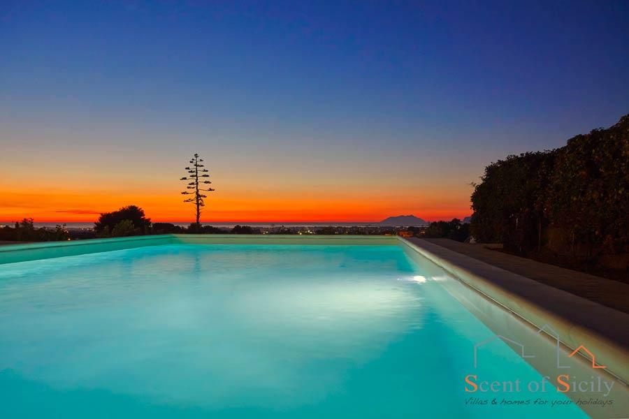 Villa Dorotea magic sunset