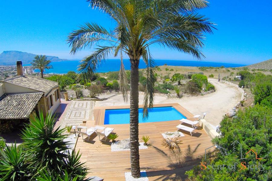 Villa Nature's Embrace Conino Sicily