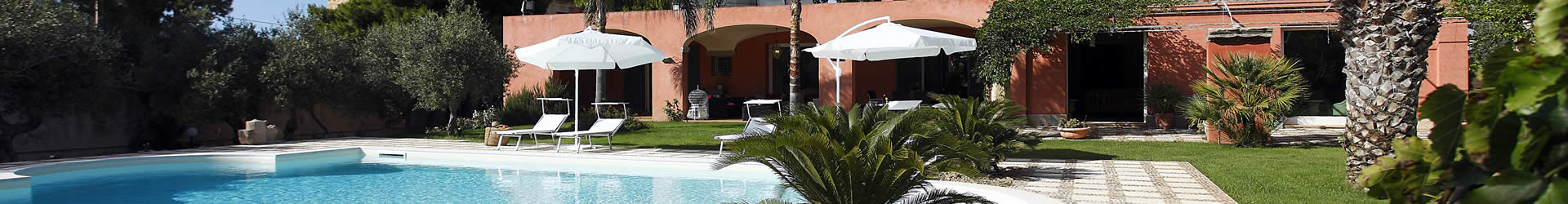 Sicily villas with large gardens