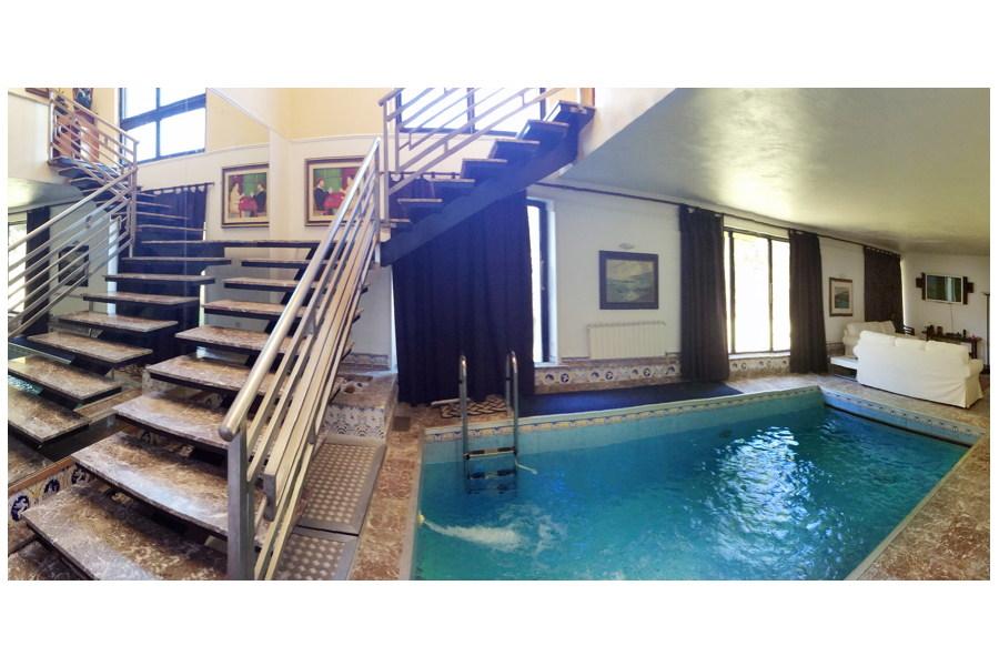 Villa Naxos heated pool