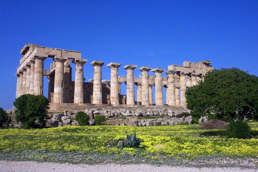 Sicily, Temple