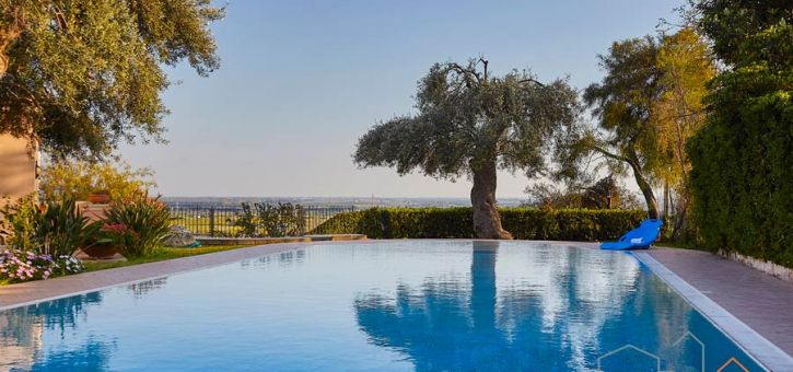 Dimora Belvedere, Syracusa, Sicily, the view from the big private swimming pool
