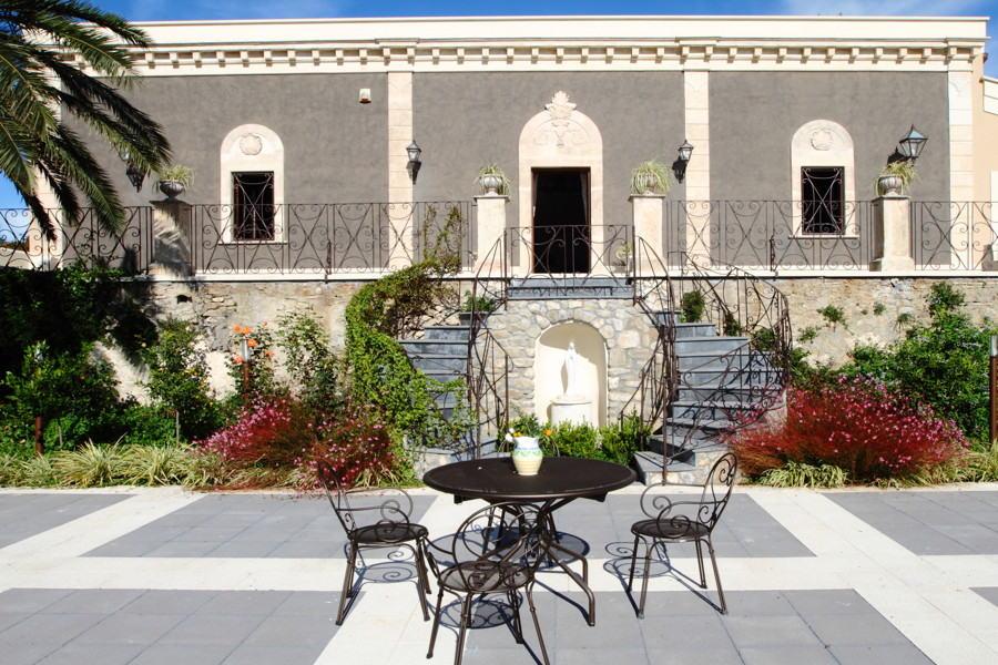 Villa Centuripe, Eatern Sicily the terrace