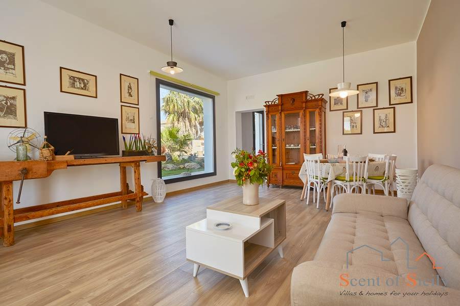 Jasper House, Trapani area, Sicily, the living room
