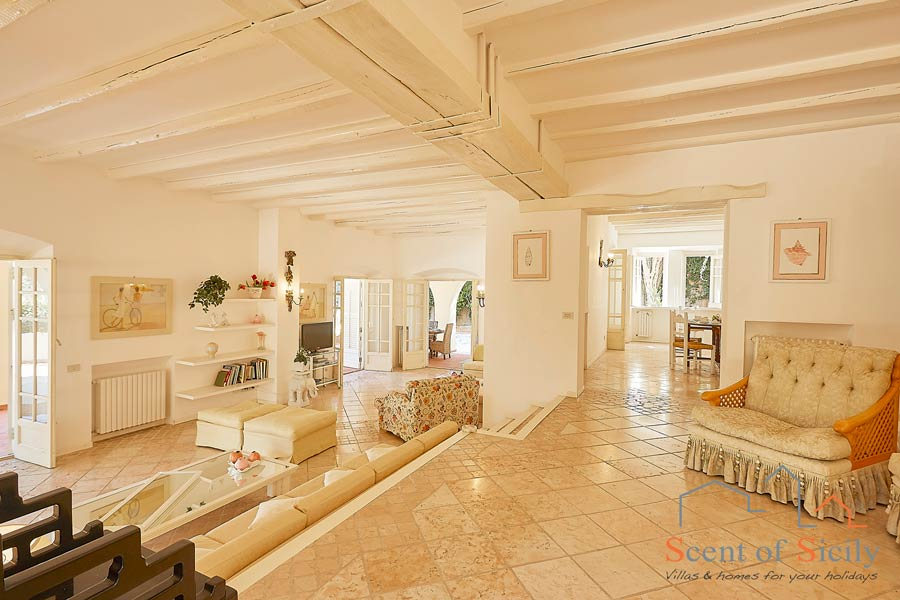Villa Angela Blu Palermo area, Sicily, the nice gorgeous room