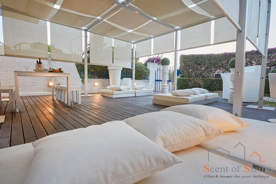 ACI Spa House, Acicastello, Sicily, relax outside