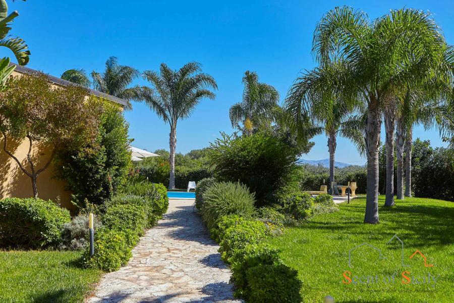Villa Selinunte Garden, Selinunte, Sicily