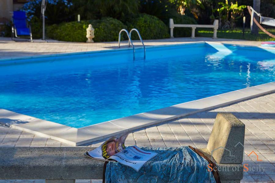 Selinunte-Villa-SelinunteGarner-relax-ScentOfSicily