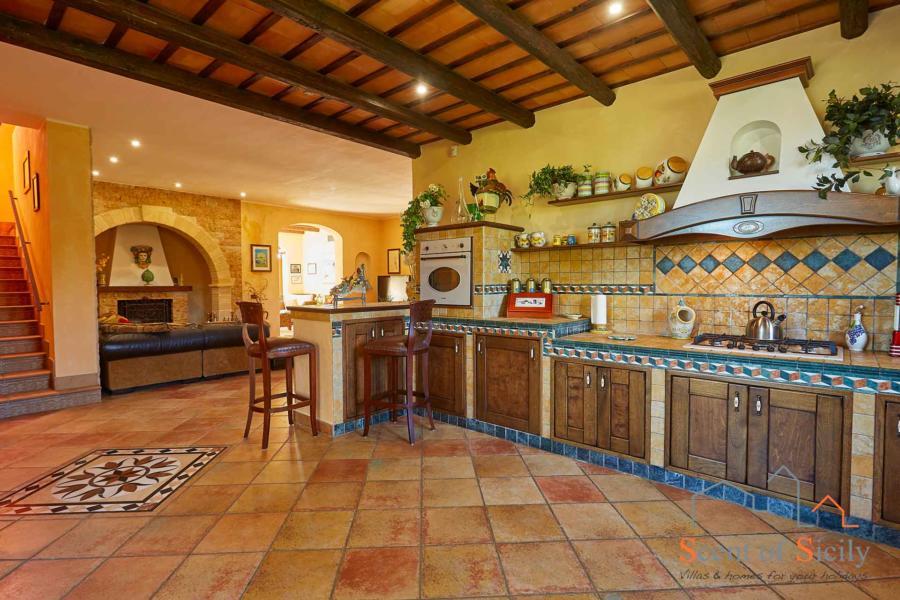 Selinunte-Villa-SelinunteGarden-american-kitchen-ScentOfSicily