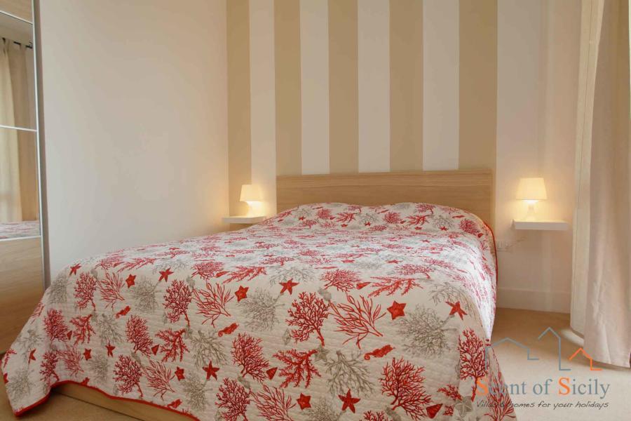 Lines double bedroom in  Villa dei Coralli, Marsala Western Sicily