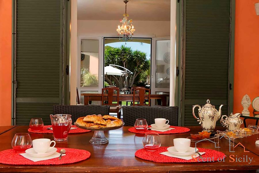 The breakfast in villa Lilybeum Marsala Scent of Sicily