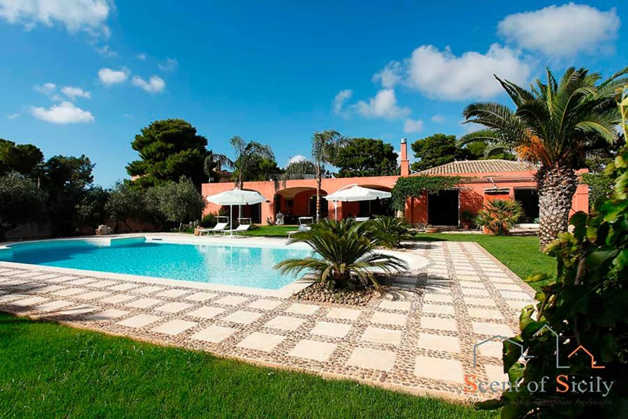 Luxury and charming property villa Lilybeum Marsala Scent of Sicily
