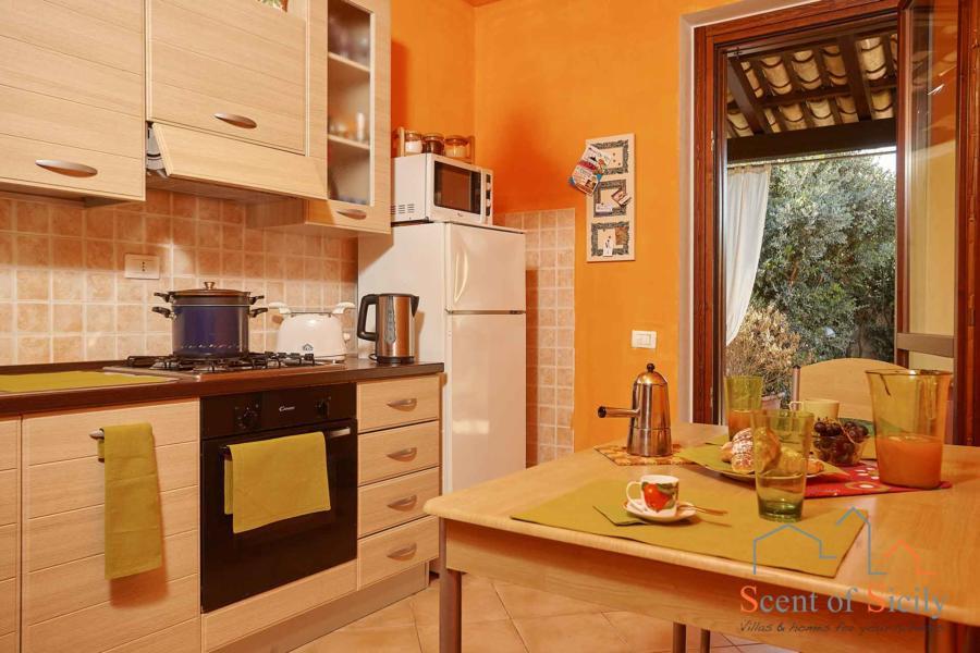 Marsala-Villa-Simo-kitchen-ScentOfSicily