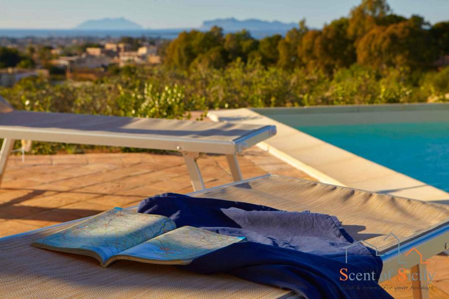 Relax in the pool area in Villa Dorotea Marsala Western Sicily