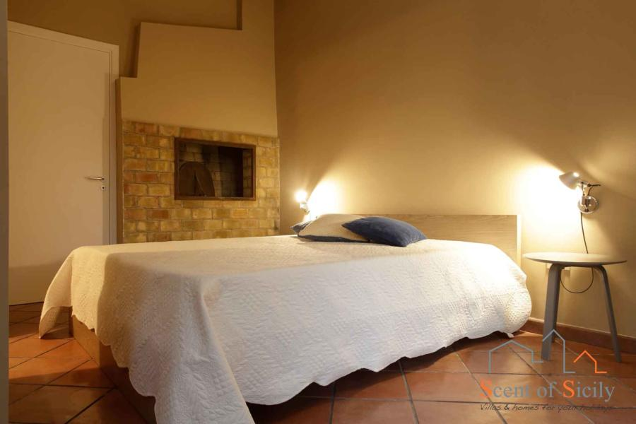 Dependance Double bedroom en-suite in Villa Dorotea Marsala Western Sicily