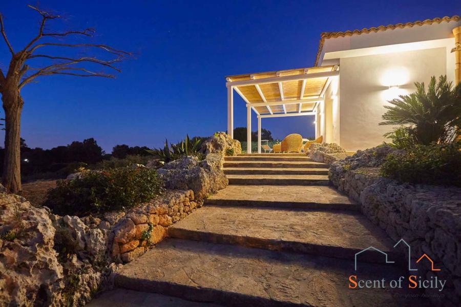 Welcome to Villa Dorotea, Marsala Western Sicily