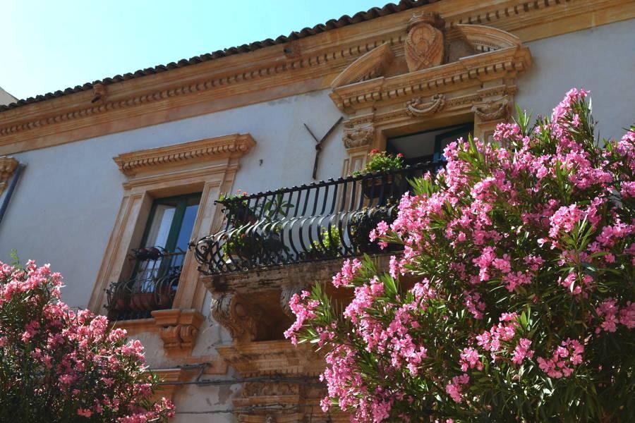 Sicily, Scicli palace