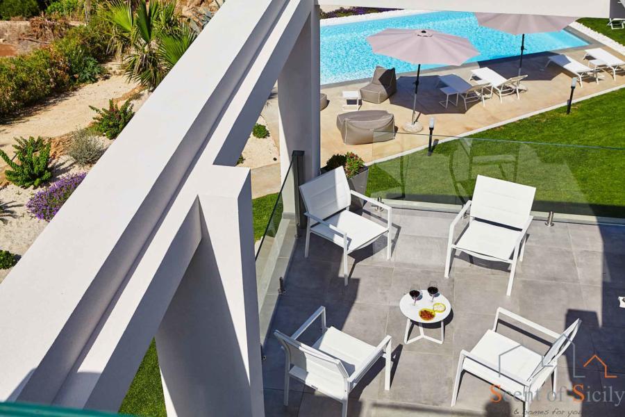 Marsala-Luxury-Villa-Kalon-Scent-of-Sicily-overhead