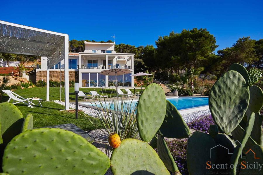 Marsala-Villa-Kalon-ScentOfSicily-Luxury-Villa