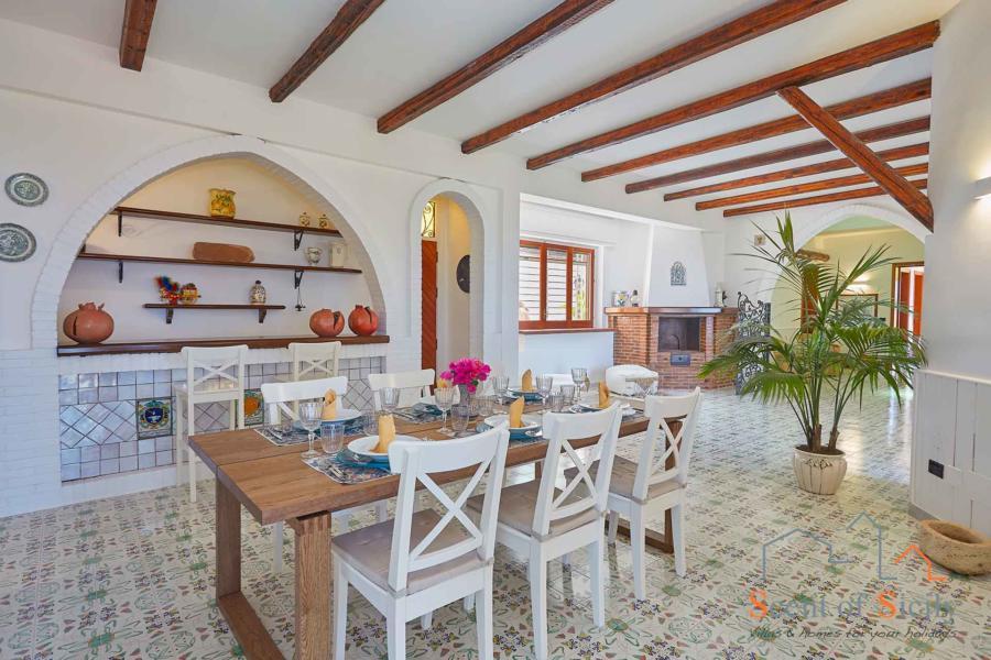Villa Amphora dinning area, Carini, Sicily