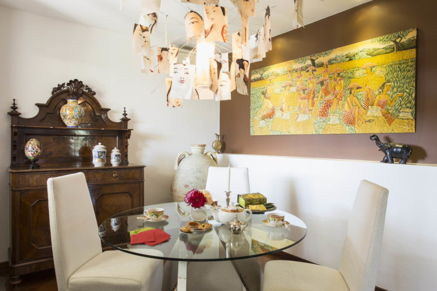 One of the elegant corners in the villa for eating in Villa Shanti Syracuse Scent of Sicily