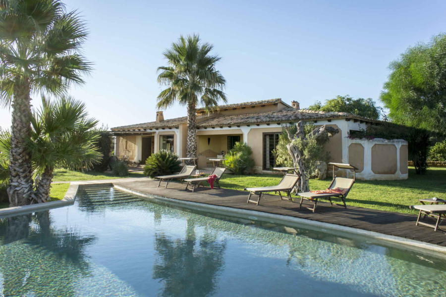 Villa Bouganville, Castelvetrano Western Sicilyt the elegant pool in the garden Scent of Sicily