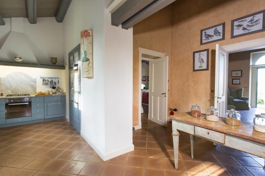 Towards the kitchen of Casale dell'Ulivo Syracuse Scent of Sicily