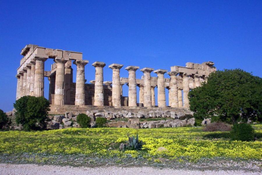 Temple of Selinunte Sicily