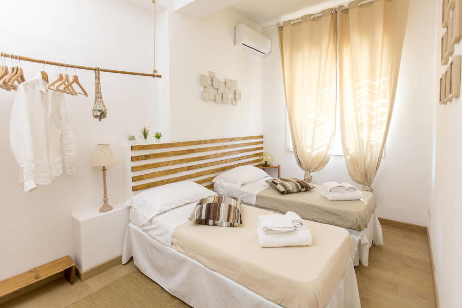 Twin Bedroom Villa Arenella, Sicily