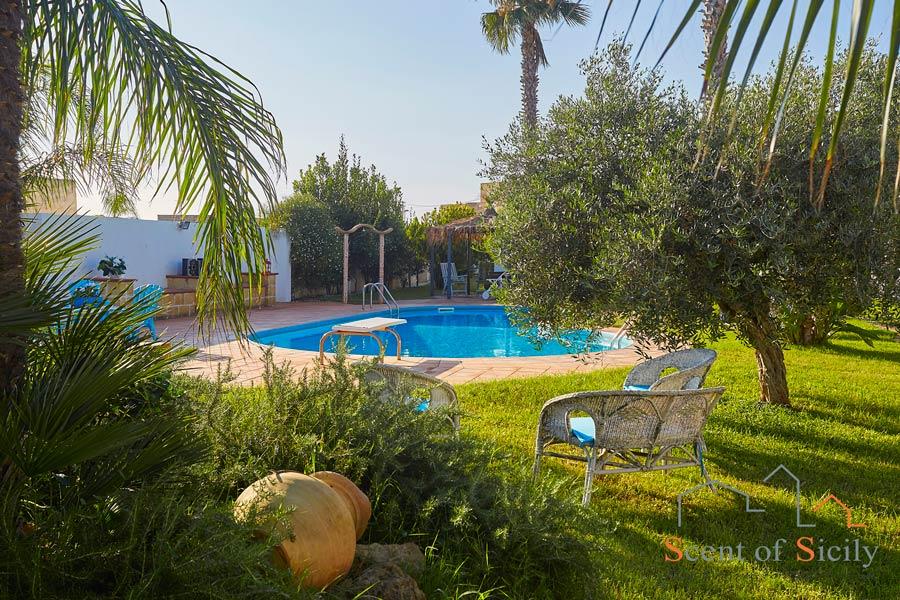 Pool area Villa Gio, Marsala Western Sicily