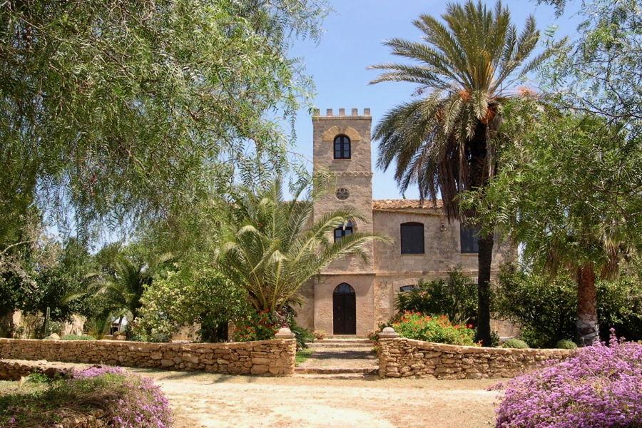 Villa Tower entrance, Castelvetrano, Sicily