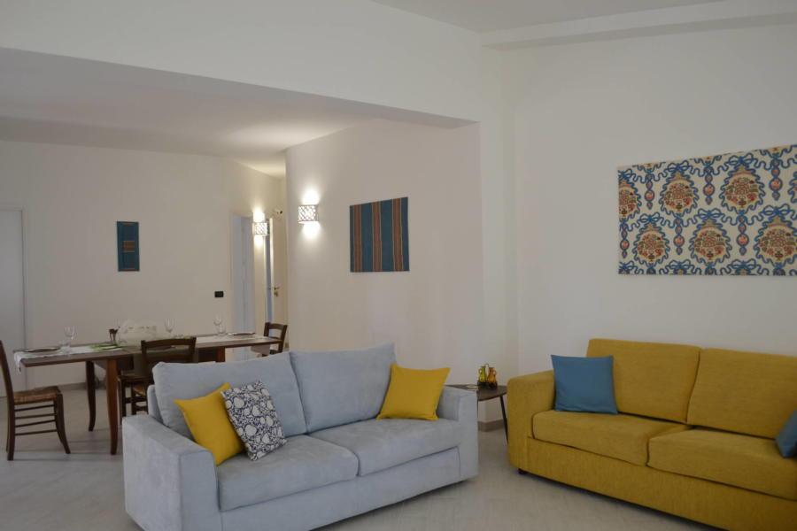 Marsala-Villa-Signorino-color-living-room-ScentOfSicily