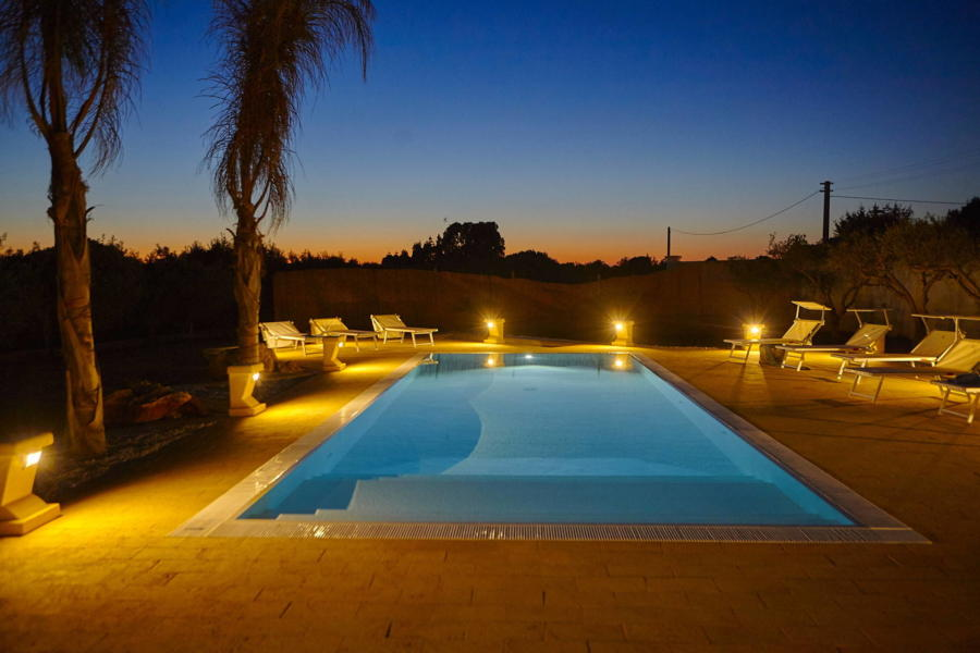 Enjoy the warm evenings  Villa del Tufo Marsala Scent of Sicily