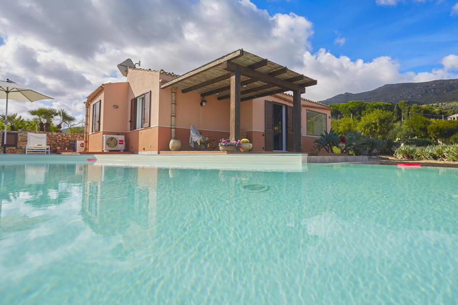 Pool in Villa Faraglioni, Scopello, Sicily