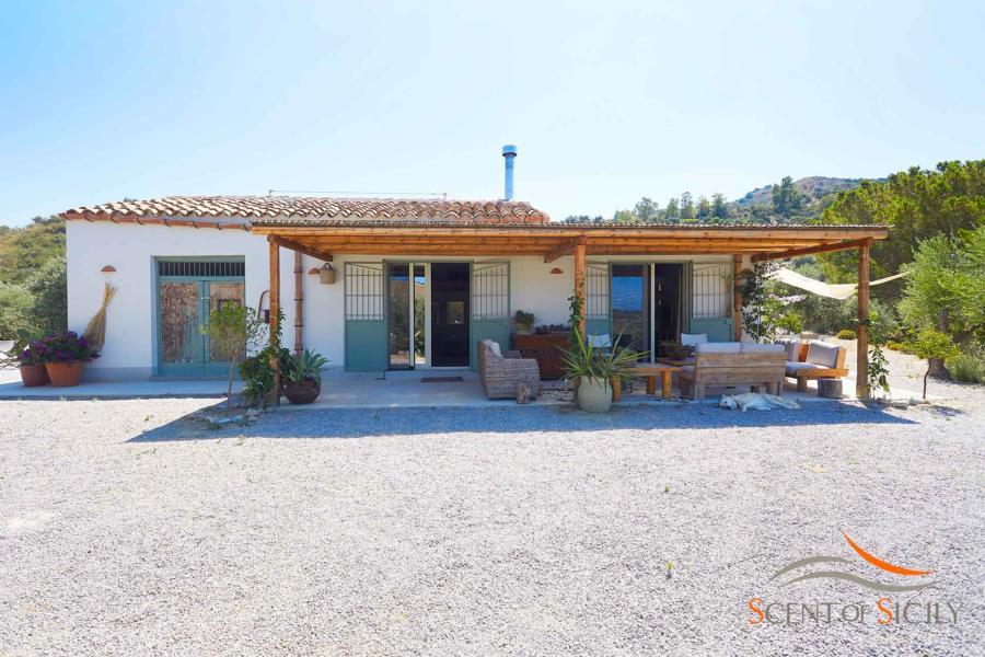 Villa Marina vivid Mediterranean colours in Cefalu area Scent of Sicily