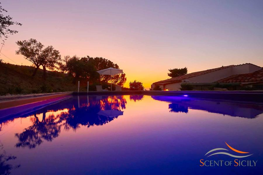 Enjoy the warm evenings and pool lighting in Villa Marina Cefalu area Scent of Sicily