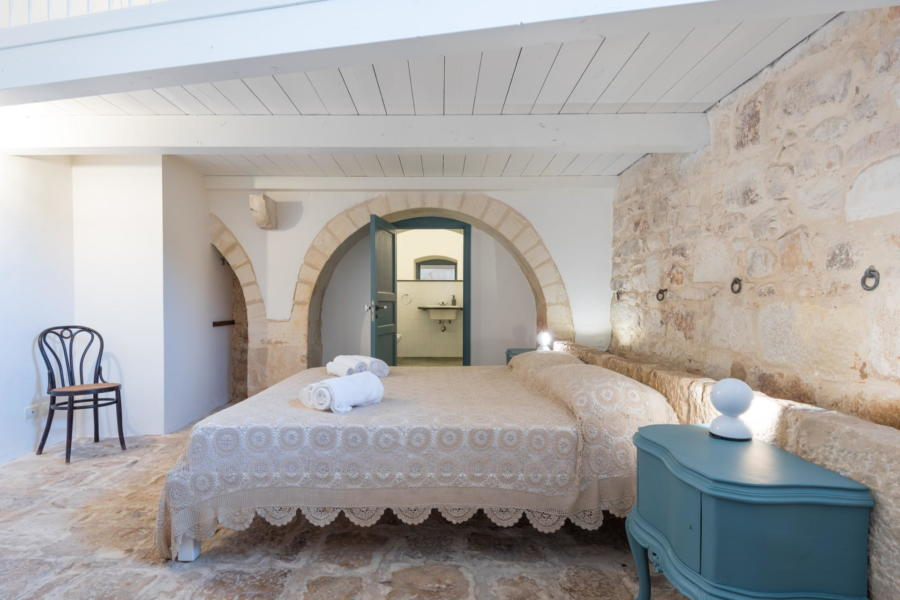 Elegant and bright double bedroom in Sicilian Heritage Ragusa Scent of Sicily