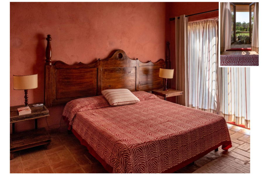 Spacious and rustic double bedroom in Villa Bouganville Castelvetrano Sicily
