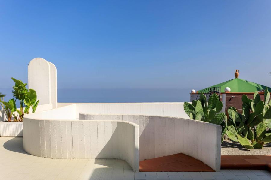 Blue sky from Villa Amphora Carini Scent of Sicily