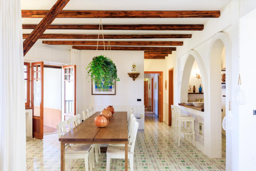 Dinning area in Villa Amphora Carini Scent of Sicily