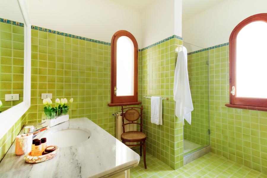 Green Bathroom of Villa Amphora Carini Scent of Sicily